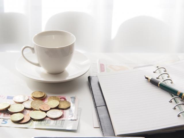 手帳と小銭
