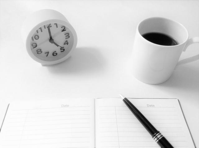 モーニングノートとコーヒー